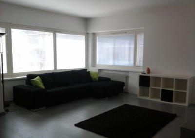 Vuokrahuonekalut - Iso olohuone - Iso sohva